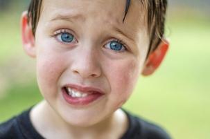 puzzled-little-boy